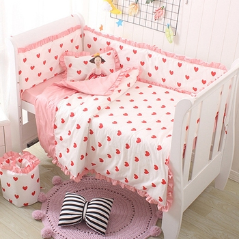 customize newborn baby bedding set bed bumper 100% cotton washable red heart design for girls crib