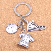 20pcs New Fashion DIY Keychain 3D basketball Pendants Men Jewelry Car Key Chain Souvenir For Gift
