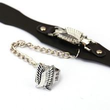 Attack on Titan Leather Bracelet Free of Wing Link Charm Bracelets Anime Cosplay Punk Bangle Men Women Jewelry YS11948