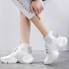 2019 Spring Autumn Woman Running Shoes Fashion Knitted Mesh Cloth Woman