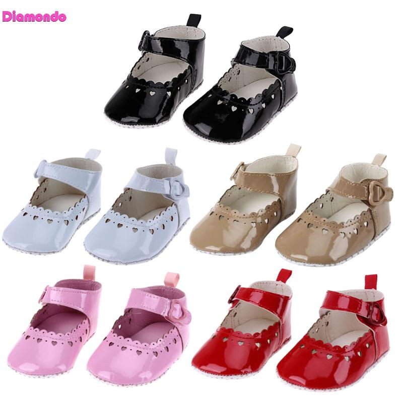 2018 New Summer Baby Shoes First Walkersr Infant Baby Girls Heart Shape Hollow Outdoor Anti-slip Soft Sole Toddler Shoes 0-18M