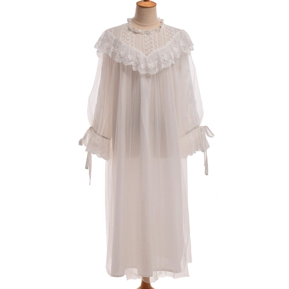 on sale 09f2a 56c64 US $35.33 7% OFF|Frauen Weiß Nachthemd Medieval Romantische Vintage Palace  Royal Süße Rüschen Lolita Spitze Kleid Nachthemd-in Nachthemden & ...