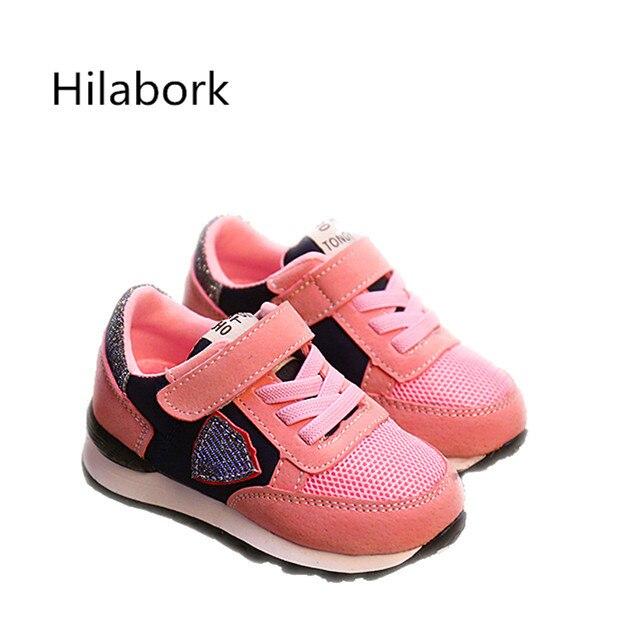 Крюк и LOOP2017 весна новых детей Малышей детская обувь мода дышащая кожа мальчики и девочки случайные спортивная обувь кеды со светящейся подошвой