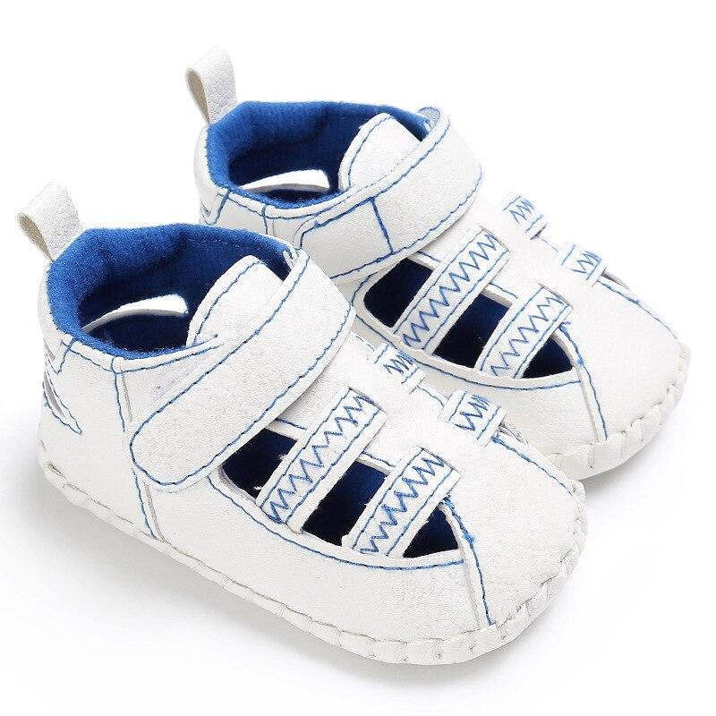 Новые стильные летние полые детские сандалии Мода новорожденных, детская обувь мокасины Нескользящие Первые ходунки сандалии для 0- 18 м