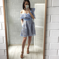2017 summer pink lace dress women cutout sexy oblique ruffle sleeve lace frill mini dress Self portrait Same style dress