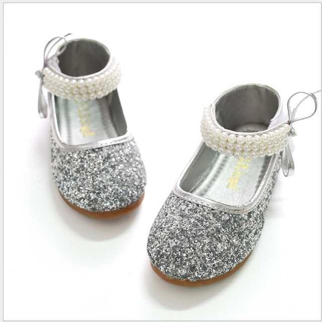 Online Shop 2016 Children Princess Glitter Sandals Kids Girls Wedding Shoes  Square Heels Dress Shoes Party Shoes Red Silver  Size 24~37  7e37cf4c419b