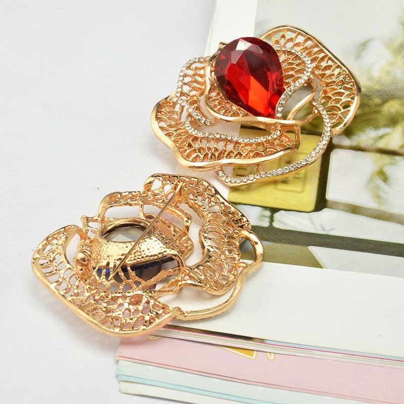 MZC 4 Colori Romantico Rosa Fiore Spilla Pin Rose Gold della lega Hollow Foglia di Cristallo Dell'austria Broshi Hijab Pin Sciarpa Clip corpetto