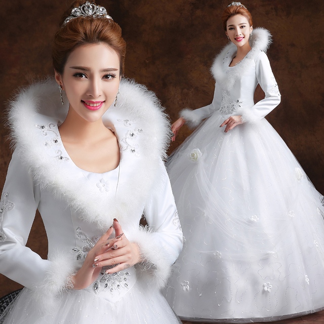 Long Sleeves White Winter Wedding Dress With Faux Fur Collar Floor Length Bride Ball Gown Without
