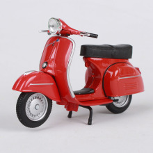 Maisto 1:18 vespa gtr 1968 red motorcycle diecast classic toy women motorbike model as gift for 05090