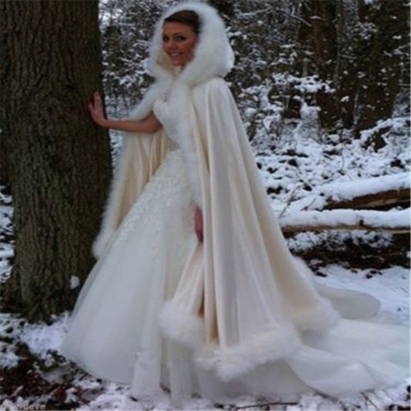 Champagne Bridal Cloak Winter Hooded Faux Fur Trim Satin Wedding Cape Shawl Cape Mantles Manto