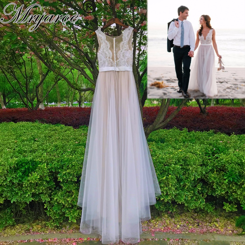 Mryarce Beach Wedding Dress Illusion Neckline Lace Appliques Flowy Tulle Summer Dresses Bridal Gowns With Buttons