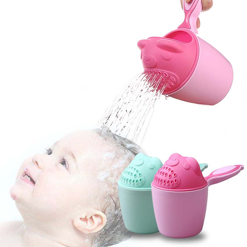 2 Colors Cartoon Bear Bathing Cup Baby Adult Shower Shampoo Cup Bailer Baby Shower Water Spoon Bath Wash Cup