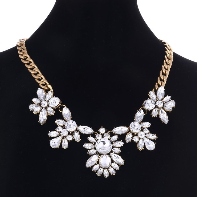 Statement Necklaces   Pendants Crystal Maxi Necklace for Women Female Gold  Chain Collar Collier Femme 2018 Fashion Jewelry 76959627a246