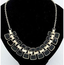 New Arrival Fashion Jewelry Trendy Women Necklaces & Pendants Link Chain Statement Necklace Alloy Enamel Square Pendant 0150
