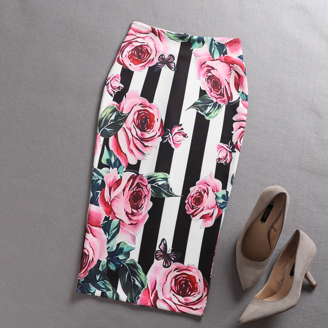 1eb5ae42f3 2018 Autumn New Women Retro Rose Flower Black White Striped Floral Print  High Waist Pencil Skirt Tube Saia for Work
