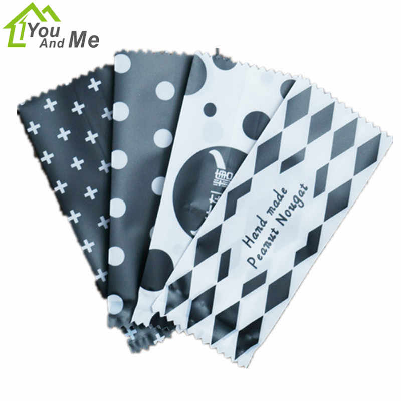 200 Pcs/Lot Black White Candy Packaging Bag DIY Handmade Nougat Milk Candy Taffy Wrapper Food Packing Mini Bag