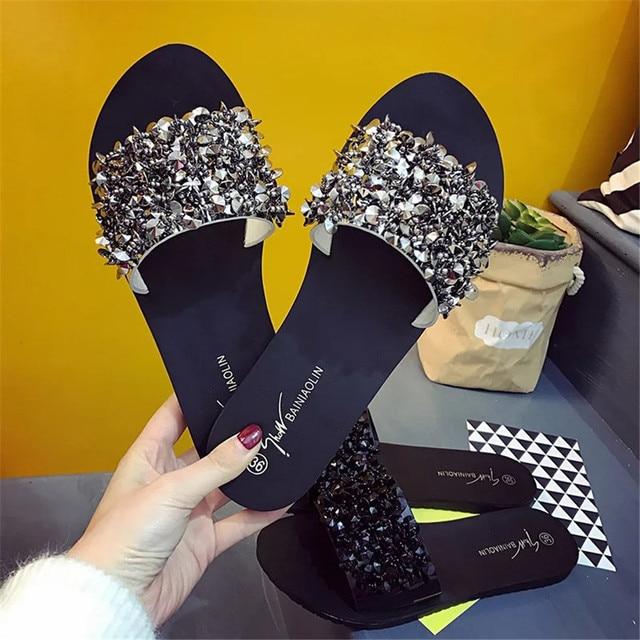 SAGACE 2018 Kadın Sandalet Flip Flop Yaz Tarzı Ayakkabı Takozlar Sandalet Moda Perçin Kristal Platformu Kadın Slaytlar Size35-39
