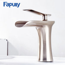 130-11N Chrome and White Color Finish Waterfall Bathroom Faucet Bathroom Basin Mixer Tap with Hot and Cold Water  все цены