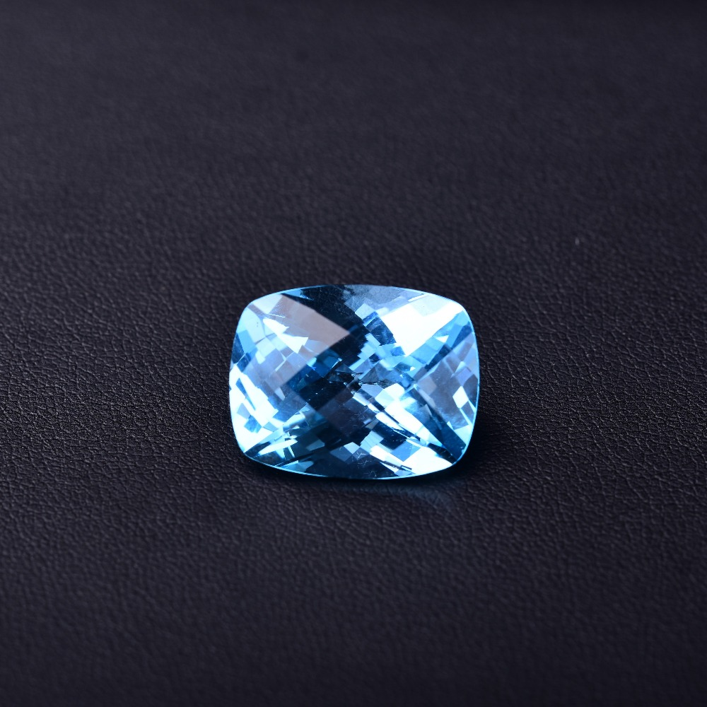 23.6 ct Blue Topaz 19.1mm*14.8mm*11.1mm Perfect quality gemstones.