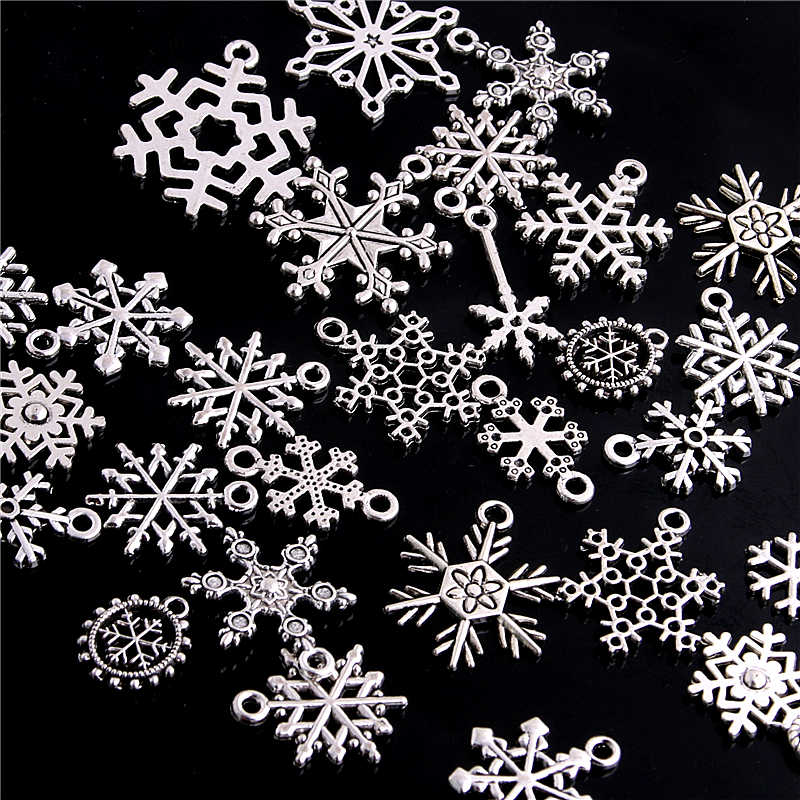 SWEET BELL 100pcs Vintage Mixed Christmas Snowflake Charms for Jewelry Making DIY Classic Snowflake Gift Pendant Charms D6206