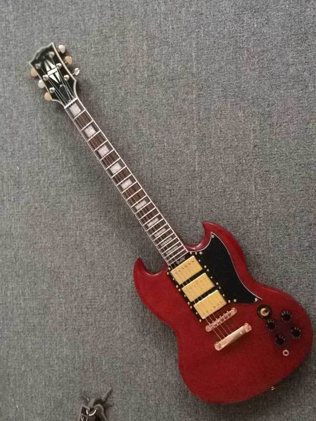 wholesale new g400 electric guitar 3 pickups sg in red free