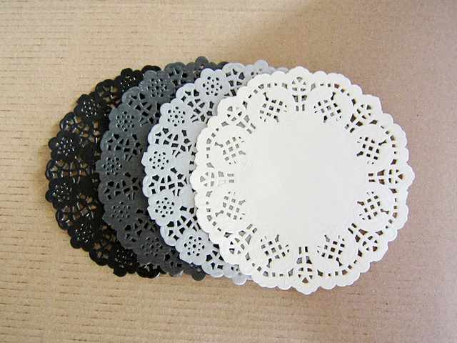 Mixed Colors 45 Hollowed Lace Paper Doilies Crafts For Diy