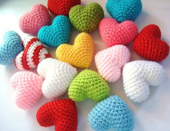 Ravelry: Amigurumi Heart pattern by HappyAmigurumi | 440x570