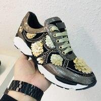 Женская обувь; Брендовая женская обувь на плоской подошве с металлическим декором; женская повседневная обувь украшенная хрусталем; кожаны