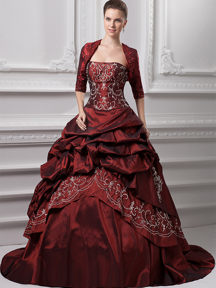 2017 Vintage Burgundy Ball Gown Wedding Dresses With