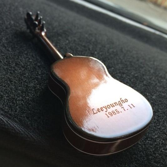 Broadway Gift Electric Guitar Miniature Replica Onyx 2 x 4 Resin Stone Refrigerator Magnet