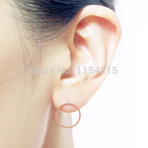Фото женские круглые серьги гвоздики hferich простые маленькие геометрические цена