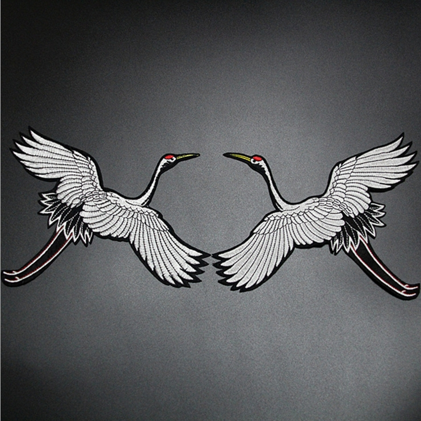 1 Pair Red crowned Crane Embroidery Sew Iron on Patch Badge Clothes Fabric Transfers Lace Trim Applique Bird DIY Accessories in Patches from Home Garden