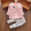 2016 Nova Flor Moda Bebê GirlAutumn Roupa Do Bebê Conjuntos de Roupas Menina Primavera Longo-Luvas Casacos e Pents