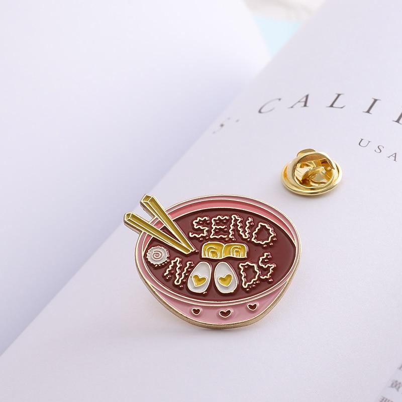 Japonais ramen amour poché oeuf rose fille bol émail broches et broches délicieux nourriture épinglette Badges femmes bijoux cadeau de fête
