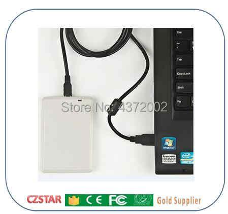 UHF 860-960 MHz UHF RFID Etiketi H3 Çip ISO 18000-6C UHF yapışkan etiket için iso18000-6c pasif epc gen2 uhf etiketleri kart okuyucu