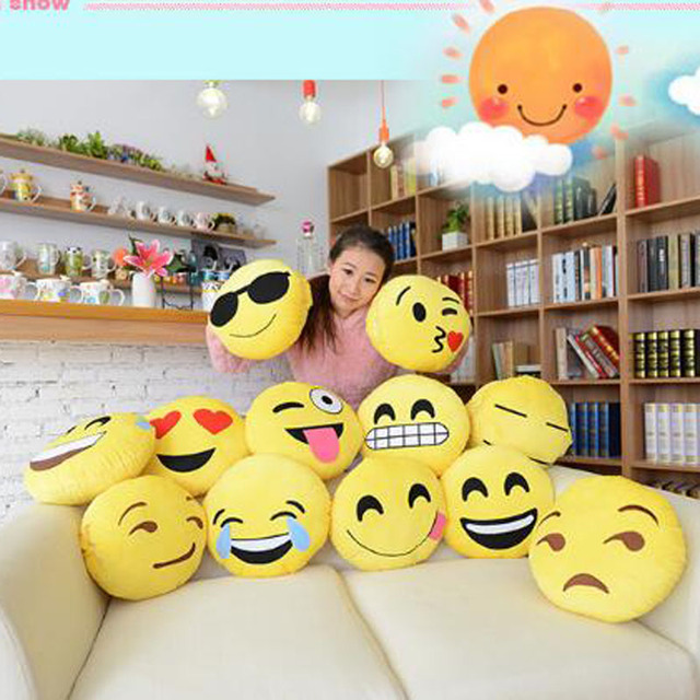 Free Shipping 3 Pieces Per Lot Expression Toys Super Soft Short Floss Creative Home Decoration Mischievous Pillows