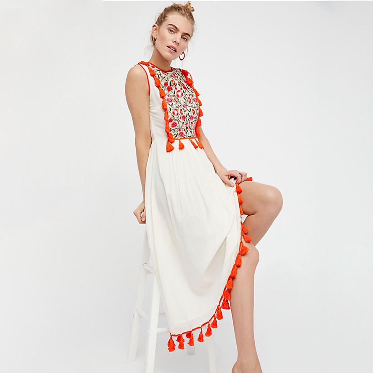 Élégant kiara Maxi Robe Femmes D'été Sans Manches O cou Robe De Broderie Gland Dames Boho Hippie Plage De Sable Blanc Longue Robe 2018
