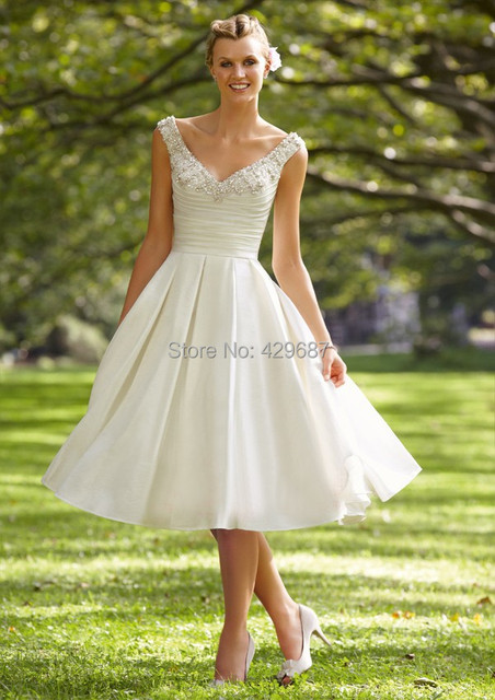 Custom Made Beach Wedding Dresses 2017 Beaded V Neck Cheap Bridal Gown A Line Tea Length