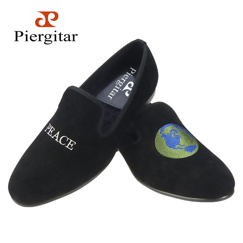 Piergitar new British style men Handmade smoking slippers black velvet shoes with different embroidery design male's loafers piergitar new style leopard pattern special fabrics handmade men loafers fashion men casual shoes british style smoking slipper