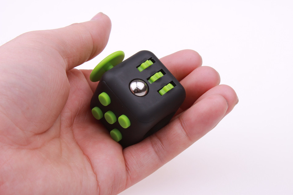 fidget cube (8)