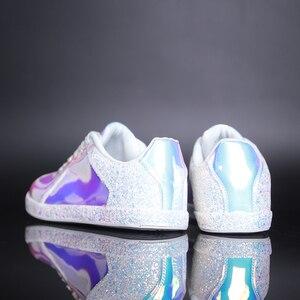 Image 5 - Mode Glitter Vrouwen Casual Schoenen Flats Glinsteren Superstar Sneakers Glitter Luxe Schoenen Vrouwen Ontwerpers 41 Trainers Kleurrijke