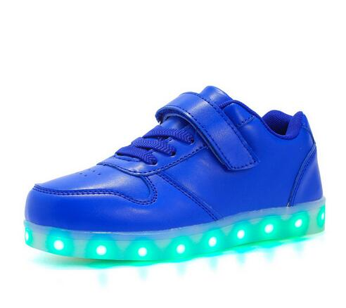 2017 spring and summer new children s shoes boys and girls bright face LED lights USB