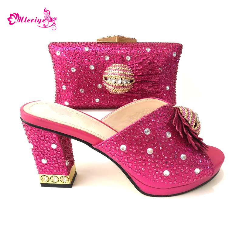 New Fashion Italian Shoes with Matching Bags Set Decorated with Rhinestone Nigerian Party Shoes and Bag Set High Heels Pumps недорго, оригинальная цена