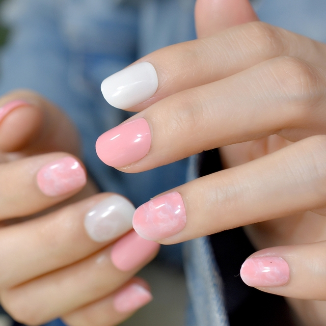 Round Press On Nail Tips Light Pink Short Fake Nails for Daily Wear ...