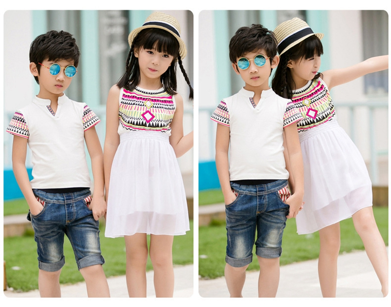 HTB12K9KfNHI8KJjy1zbq6yxdpXaO - Summer Family Matching Outfits Ethnic Style Mother Daughter Beach Dresses Father and Son White T-shirt Family Clothing Sets
