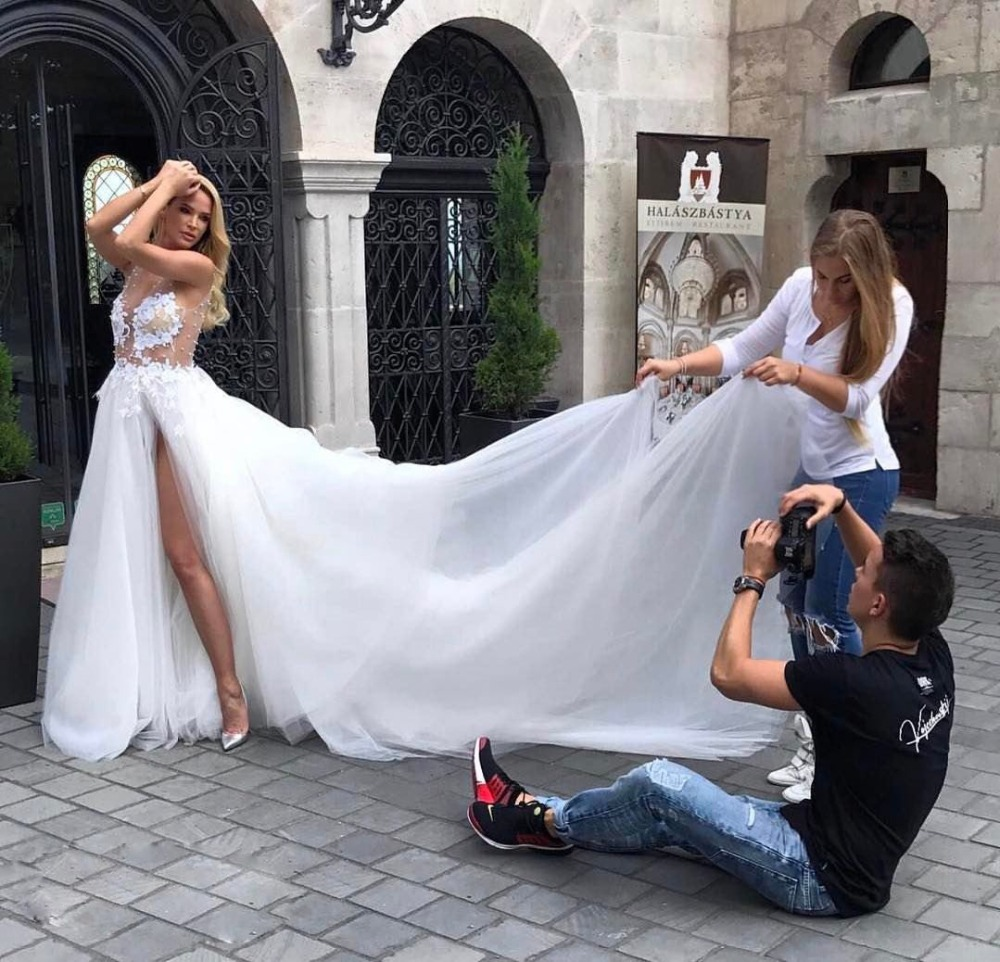 Illusion Tops Boho Wedding Dress With High Slits A Line Sleeveless Appliques Beading Tulle Beach Wedding Gowns 2019 Long Train