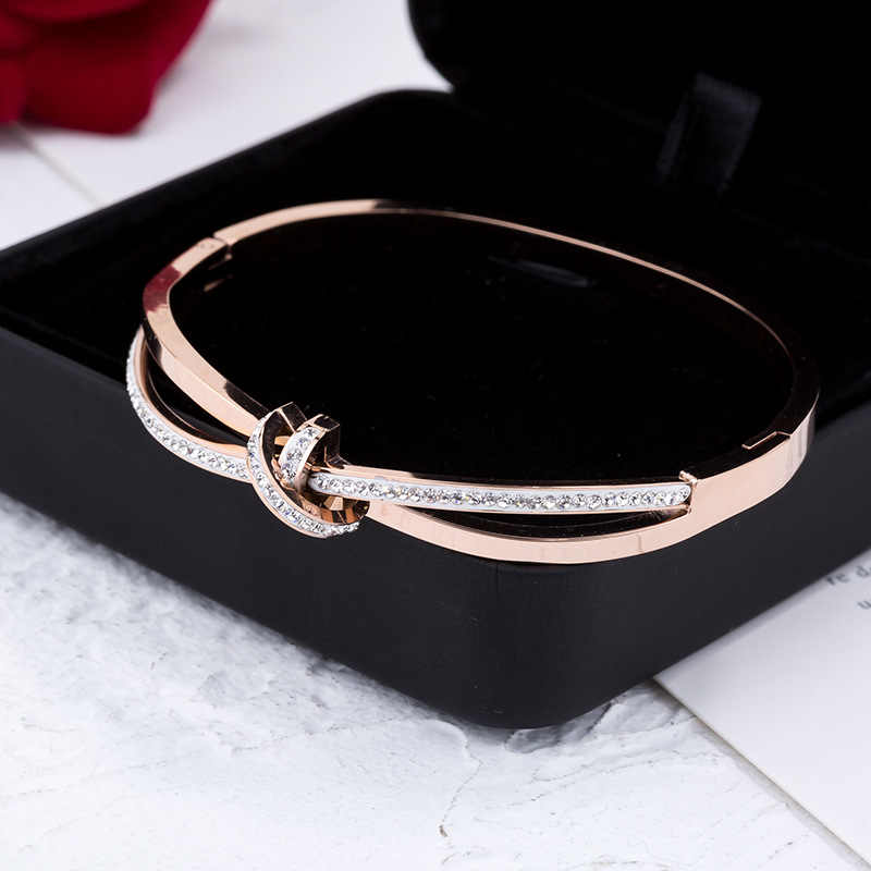 Titanium Steel Fashion Full CZ Crystal Bowknot Cuff Bangles Bracelet Rose Gold Wedding Bangle Jewelry For Women Armband B18111