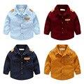 Nueva llegada camisas de los muchachos niños de la manera de manga larga de un solo pecho blusa clothing baby boy cuello solapa camisa de pana de algodón