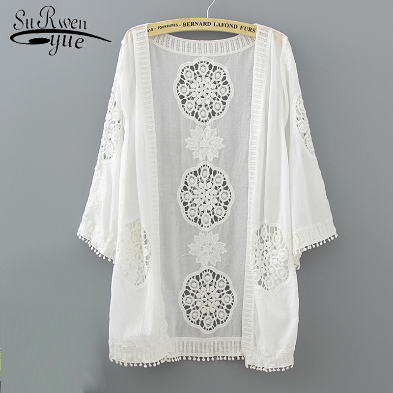 2018 new white lace hollow women   blouse     shirt   summer loose plus size Cardigan   blouse   women   shirt   feminine   blouses   blusas 0335 40