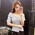 Blusas feminina primavera verão 2017 coreano mulheres branco preto new irregular sexy vestido off-the-ombro malha T-shirt feminina A2705